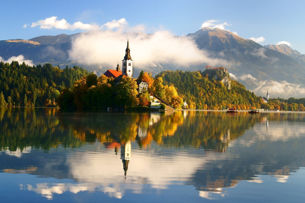 MaroWays View of the island of lake Bled